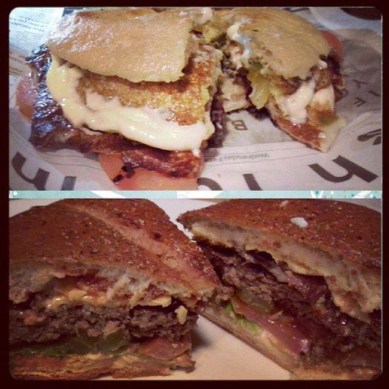 Dinner Sandwiched Burger Halloom bacon yummi food