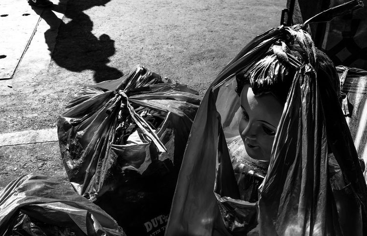 Dispose Shadows And Sunlight Depressing Black And White Photo Black And White Street Photography Sadness And Sorrow Abandoned Things Streetphotography Street Photography Streetphoto Street Photo Eye4photography  Streetphotograph The Street Photographer - 2016 EyeEm Awards Streetphoto_bw Streetphotography_bw Black And White Eyeem Philippines Plastic Bag Garbage Bag Garbage Bin Shelter Wastepaper Basket Recycling Garbage Dump