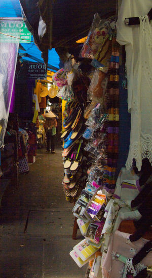 Colorful Market Marketplace Markets Nonla Retail  Streetphotography Vietnam