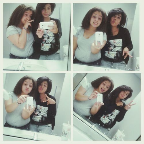 With my other boo in le school bathroom :* cx
