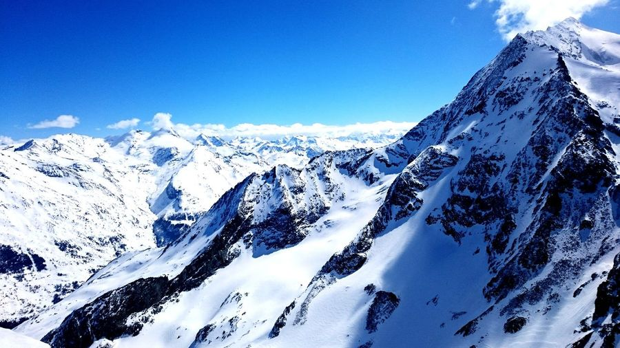 Skiing in France with perfect weather EyeEmNewHere Mountain Snow Cold Temperature Winter Snowcapped Mountain Snowboarding Ski Holiday Sky Mountain Range Landscape Rugged Mountain Ridge Physical Geography