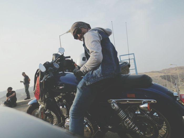 Sitting Harly Davidson Cool_capture_ Riding Enjoying Life Die Hard. Relaxation