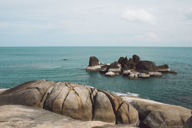 Ko Samui Thailand Island Water Horizon Over Water Sea Horizon Sky Rock Rock - Object Beauty In Nature Solid Scenics - Nature Tranquil Scene Nature Tranquility Day No People Land Idyllic Beach Non-urban Scene Outdoors Stack Rock