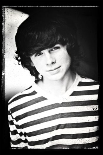 Chandler fucking riggs is da bae