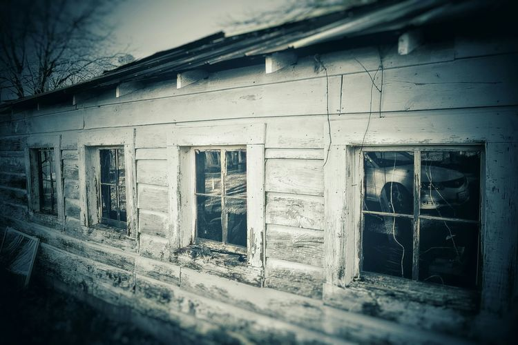 Blackandwhite Wall Noir Wood Slat Wall Old Old Buildings Run Down Places Abandoned Abandoned Places Abandoned Buildings Cracked Windows