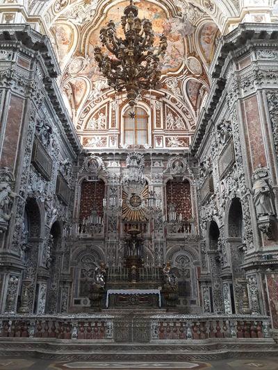 Altar Arch