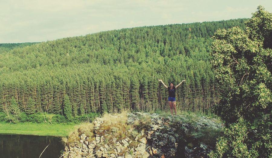 Коасотка Креветка природа, река, красиво скалы высота  страшно типкрасотка волосы мои летают:-D модель EyeEm Башкирия