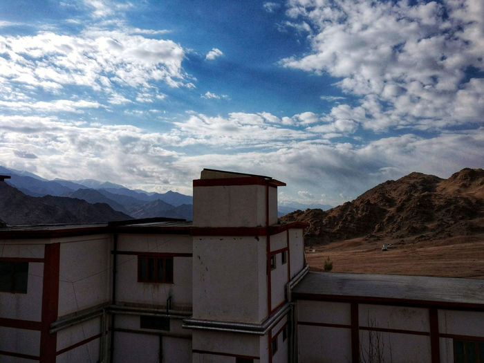 Leh Leh Diaries Retreat In The Mountains Roof Of The World The Great Outdoors - 2018 EyeEm Awards Himalayas The Architect - 2018 EyeEm Awards Mountain Sky Cloud - Sky Mountain Range Rocky Mountains Settlement Office Building The Traveler - 2018 EyeEm Awards