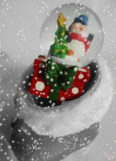 Wishing everyone a very Merry Christmas and a Happy New Year. I am checking out for the holidays do hope you all have a ball From My Eyes To Yours Drastic Edit Original Photography EyeEm Selects EyeEmNewHere Christmas Decoration High Key Photography Blackandwhite Food Food And Drink Freshness Sweet Food Fruit Water No People Red Liquid Indoors  Day EyeEm Ready