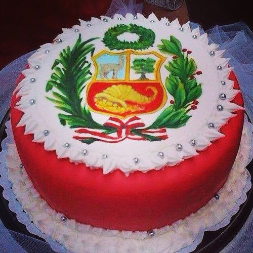 La quiero!! Peru Latin Cusco Bandera Cake Torta Perucha Parami Desio Comer Como Esa Rachuela