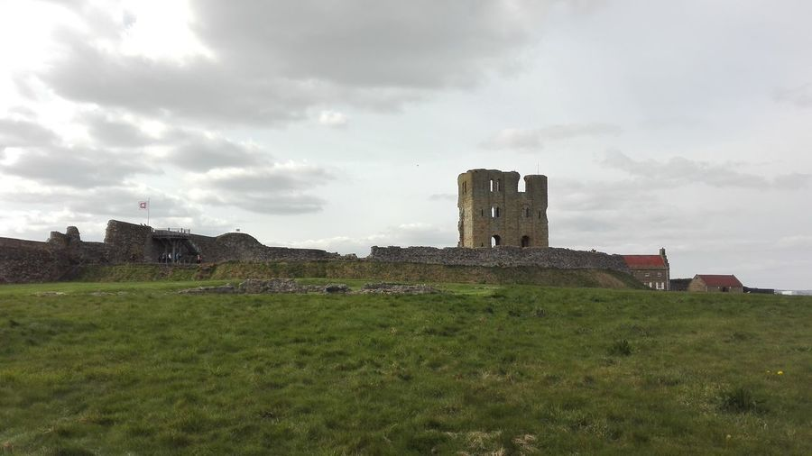 Scarborough Old Ruin History Castle Scarborough Castle War Viking Roman French English