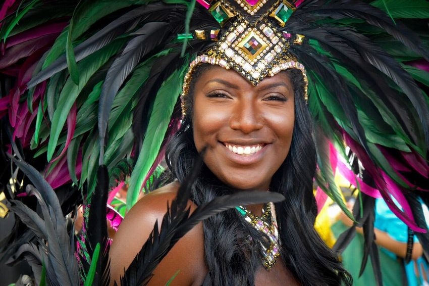 Do what makes you smile 😊 Looking At Camera Headshot Toothy Smile Nottinghill Carnival Nottinghill Carnival Carnival Spirit Nottinghillcarnival2016 Nhc Feathers Smile Happy Carnival Dancer Carnival Spirit 2016 Streetdance Fun