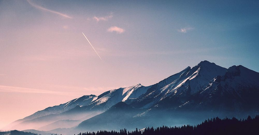 EyeEmNewHere Mountain Mountain Range Nature View Landscape Photography Beauty In Nature Sky Snow Day