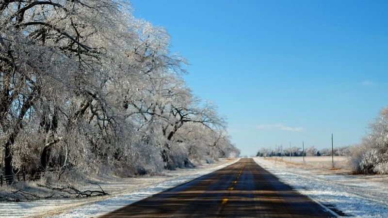Visual Journal January 17, 2017 Western, Nebraska - January 2017 Ice Storm : The Melting A Day In The Life Canon FD 50mm F/1.8 Extreme Weather Eye For Photography EyeEm Best Shots EyeEm Gallery FUJIFILM X-T1 Icicles MidWest My Neighborhood Nebraska Weather No People Outdoors Photo Diary Photo Essay Photography Rural America Series Small Town America Small Town Stories Storytelling The Way Forward Visual Journal Winter_collection Wintertime