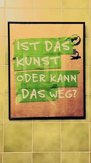 Kunst auf'm Klo, Toilet, Questions Inscription