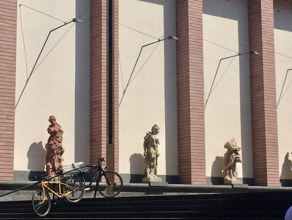 City Frankfurt Am Main Architectural Column Architecture Art And Craft Bicycle Building Building Exterior Built Structure City Day Mode Of Transportation Museum Outdoors People Real People Representation Riding Schirn Sculpture Statue Transportation