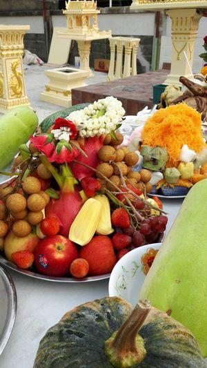 ชุดผลไม้ Freshness Fruit Healthy Eating Food And Drink Food Variation No People Market Day Outdoors Close-up Ready-to-eat