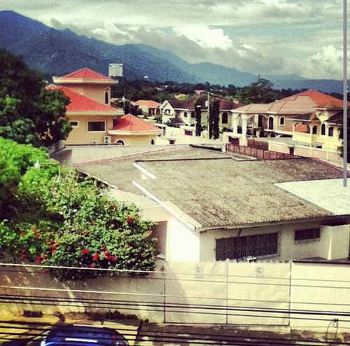 This is a Street in San Pedro Sula, Honduras. I took the picture from the Rooftop of our Hotel.