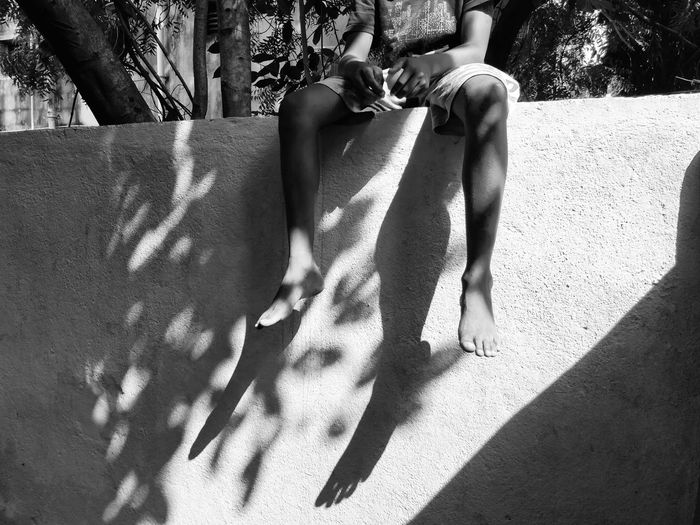 Black And White Friday EyeEmNewHere Sunset_collection Evening Light Shadow Low Section Sunlight Human Leg Day Real People Sitting Lifestyles Togetherness Adult Outdoors Adults Only People Women Human Body Part Men Only Women Tree Nature Bestsellers 2017 Architecture