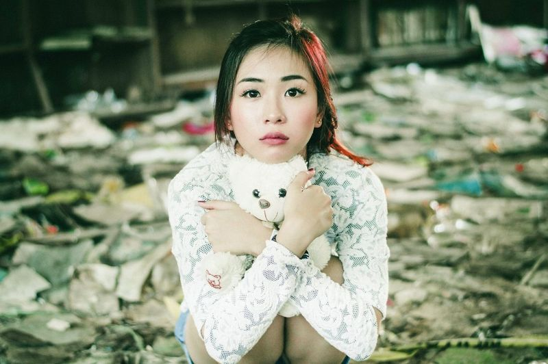 https://www.instagram.com/ynonsia Looking At Camera Girl Teddybear Relaxing Asian  Books Room EyeEm The Week Of Eyeem Young Women Showcase July EyeEm Gallery Portrait Of A Friend Sitting Beauty