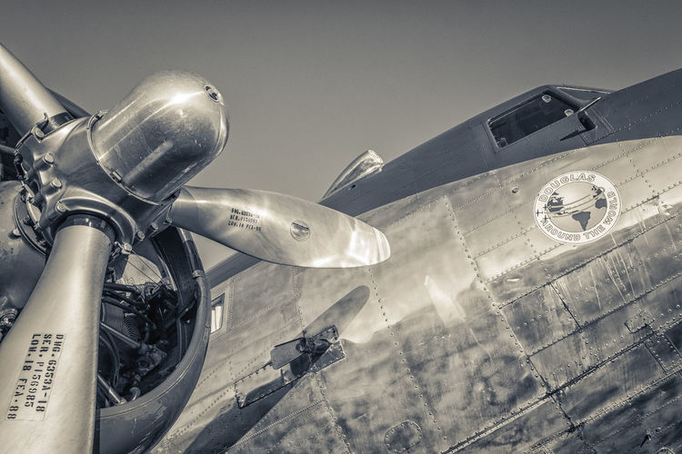 DC-3 at Oshkosh 2016 Air Aircraft Airventure Aviation Black & White DC-3 Douglas Flying Fuji Xpro1 OshKosh