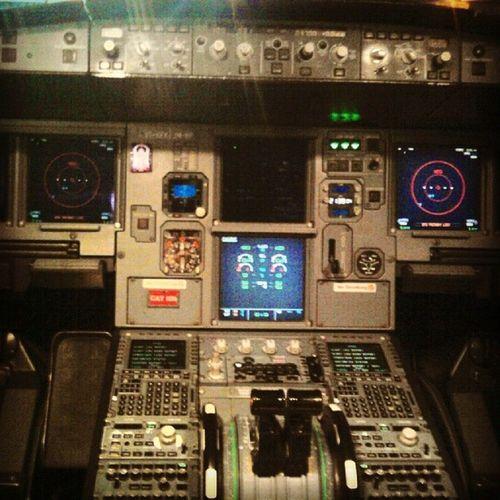 Kingfisher Airlines' Training Memories Airbus A320 Mumbai Airport Cockpit Avionics âme Aviation EFIS Throttle Instagram Instaedit
