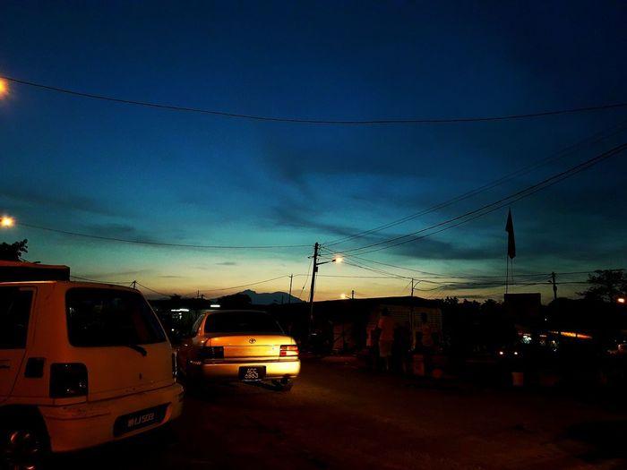 #Sunrise Morning City Sunset Land Vehicle Sky Architecture Cloud - Sky