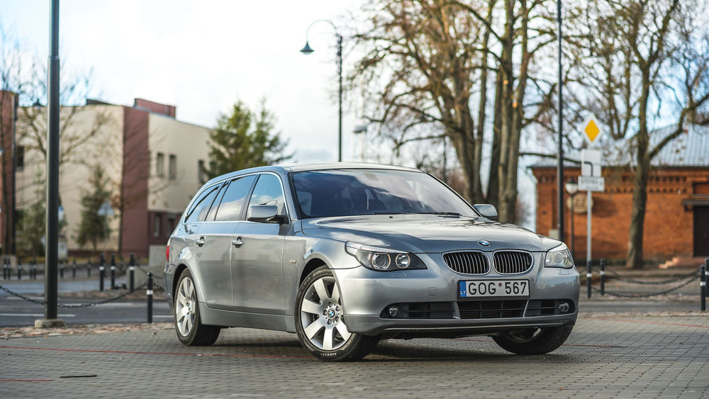 Car City No People Day Bmw5 Bmw 530d Photoshooting Bmx Is My Life E61 Bmw Technology Outdoors Transportation