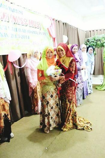 Ofi wth KakBelaa{} Muslim Woman