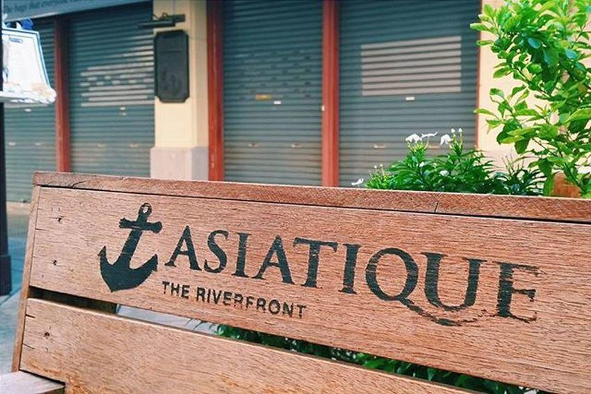 Check-in Asiatique Asiatiquetheriverfront Bangkok Thailand Travel