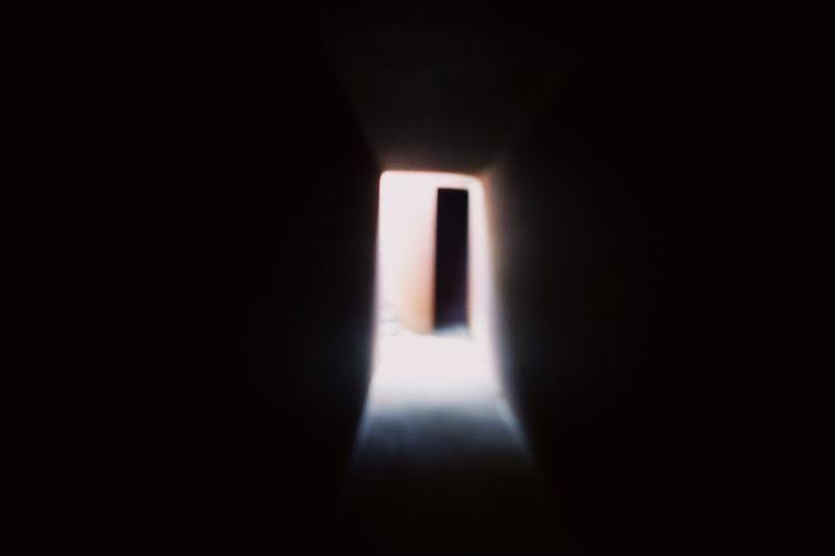 hole Indoors