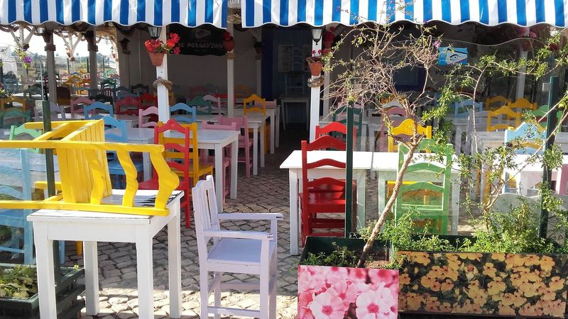 Hello World Enjoying Life Beautiful Place Village View Discovering Places Walking Around Taking Pictures Photography Vacation Algarve Alvor Portugal Traveling From My Point Of View No Filter, No Edit, Just Photography Travel Photography Colorful Colours Colorphotography Vibrant Colors Awsome Bright Colors Restaurant Paint The Town Yellow
