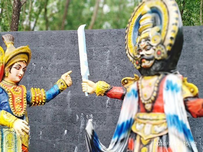 Indian Summer Road Tripping Hindu EyeEm Selects Yakshagana Yakshagaana Manipal Statue Park Awesome Inspirational 10 Multi Colored Statue Human Representation Close-up Street Art Art