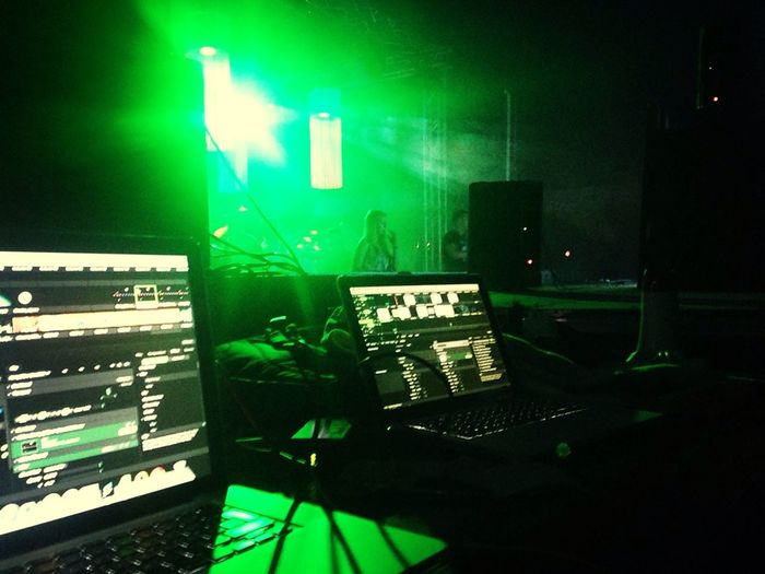 Projection Mapping Visuals Resolume Madmapper
