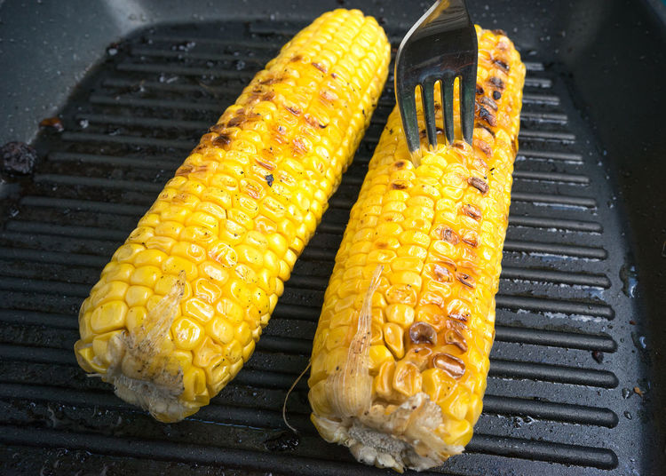 Barbecue Close-up Corn Corncobs Food Food And Drink Fork Freshness Grilled Healthy Eating Heat - Temperature Indoors  No People Preparation  Ready-to-eat Yellow