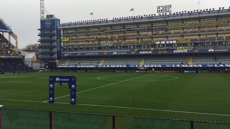 Architecture Sport Building Exterior Built Structure Grass Soccer Playing Field Stadium Boca Juniors Stadium Boca Juniors Soccer Field Outdoors Competitive Sport Large Group Of People Real People City Sports Team Sky Court People