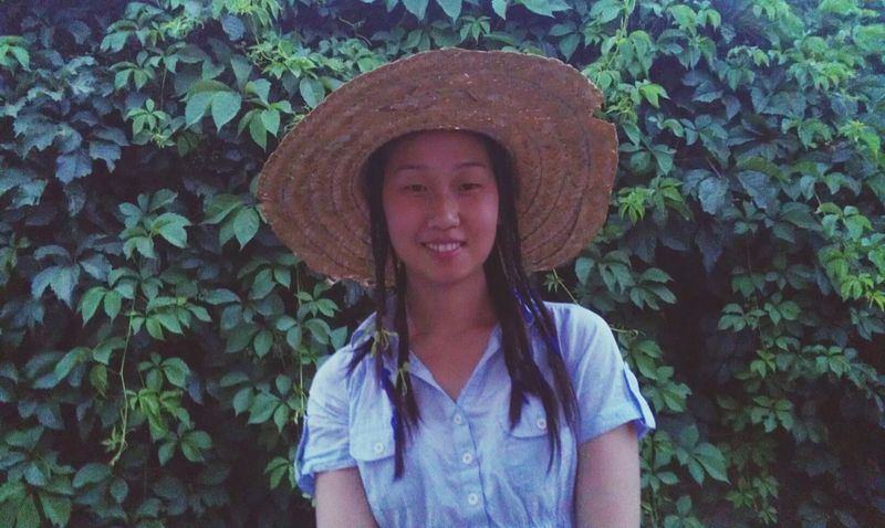 Лето,шляпа и загар