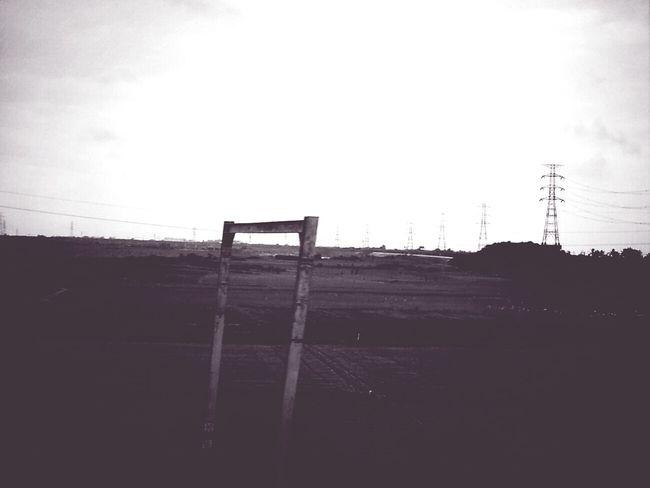 是喜歡上了。 從火車窗戶拍出的風景…… 旅の途中