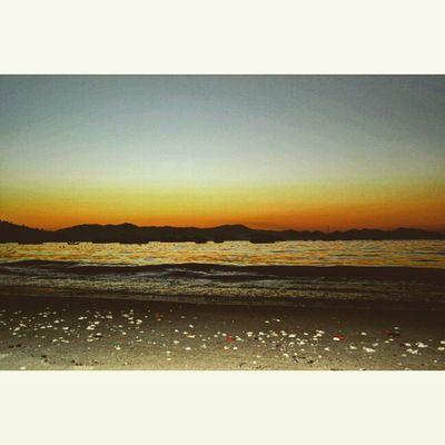 Visiteportobelo Sunset Cores Sky Pordosol Colors Perfect Perfectsky Skycolors Portobelo Santacatarinabr Fotoencantada Céu Paraíso Clickmais Conchinhas Clickdiaadia LovePhoto Photowall AmorPelaFotografia