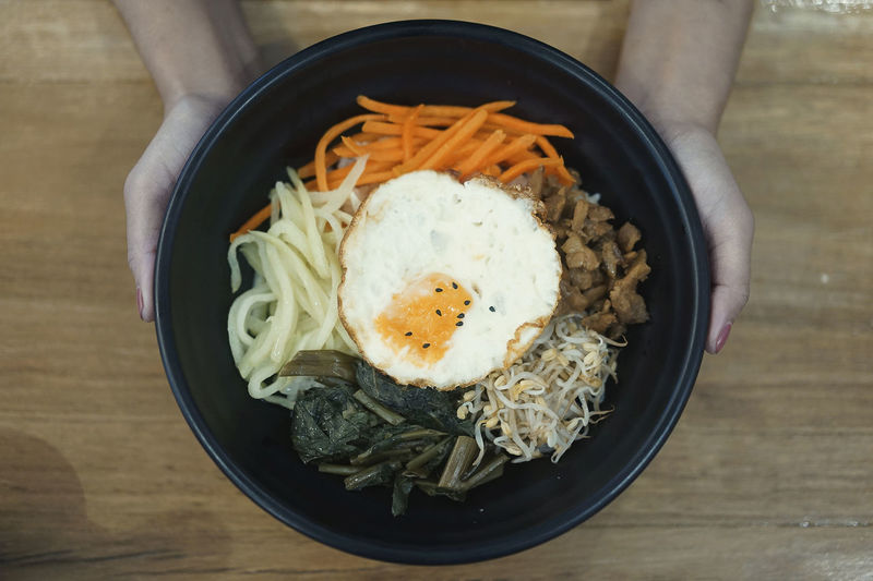 Food Food And Drink Ready-to-eat Healthy Eating Egg Freshness Table Bowl Wellbeing Indoors  Directly Above Serving Size Wood - Material High Angle View Close-up Still Life Asian Food Meal Pasta One Person Fried Fried Egg Egg Yolk Japanese Food Korean Food