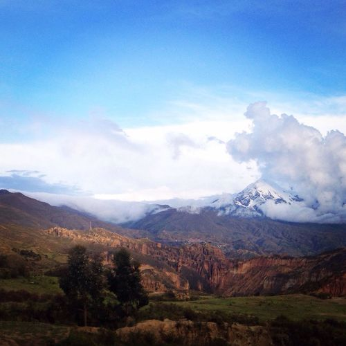Taking Photos Landscape Illimani Mountains Discovering Wonderful Places Clouds And Sky