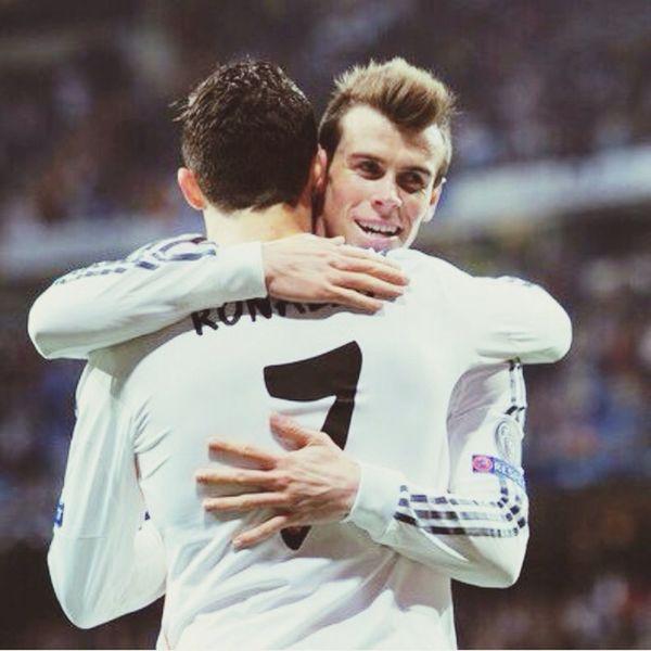 Gareth Bale Cristiano RONALDO (null)Football