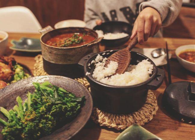 晚餐 Human Hand Bowl Preparation  Savory Food Close-up Food And Drink