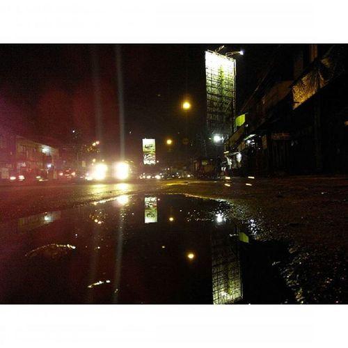 Rindu di Malam yang basah... Binong Gatsu Bandung Lenovotography Pocketphotography Latepost Photostory Lzybstrd