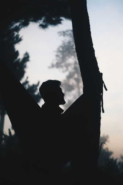 Sommergefühle Silhouette One Person Adults Only Adult Sky One Man Only Only Men People Outdoors Day Men Young Adult Close-up EyeEm Selects EyeEmNewHere Breathing Space