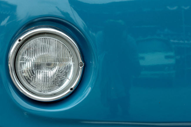 The eye of the classic car Mode Of Transport Transportation Close-up Old-fashioned Front View Car Photography Eyeemphotography Stockphotography Photographer Fotografi Stockphoto Image Minimalist Photography  Minimalism Fotografia Design Abstract Streetphotography Art Photography Photo
