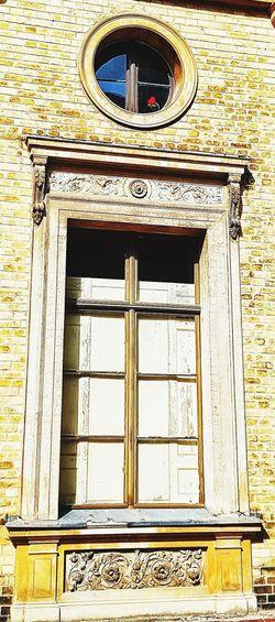 Architecture Built Structure Day Window Close-up Sanssouci Park Potsdam Potsdam Park Sanssouci Potsdam Daylight Day Out Building Exterior Sommer Good Times Flower Photography