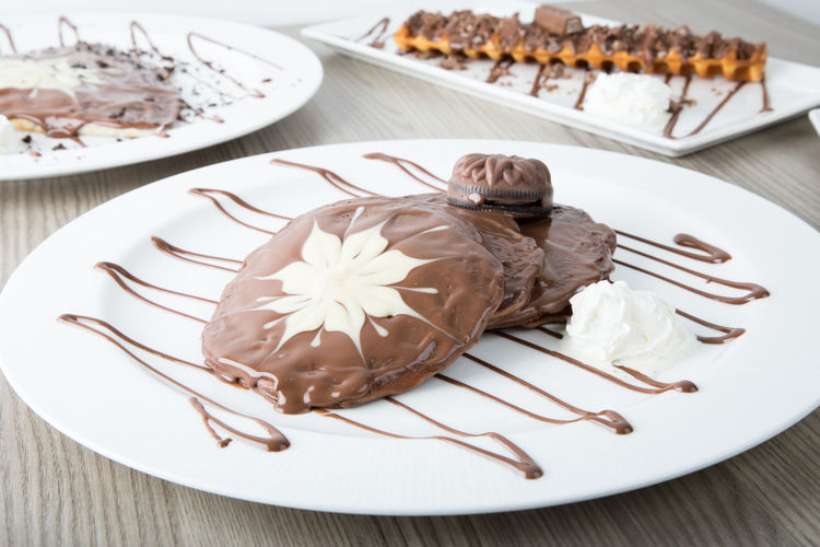 Close-up of chocolate cake on plate