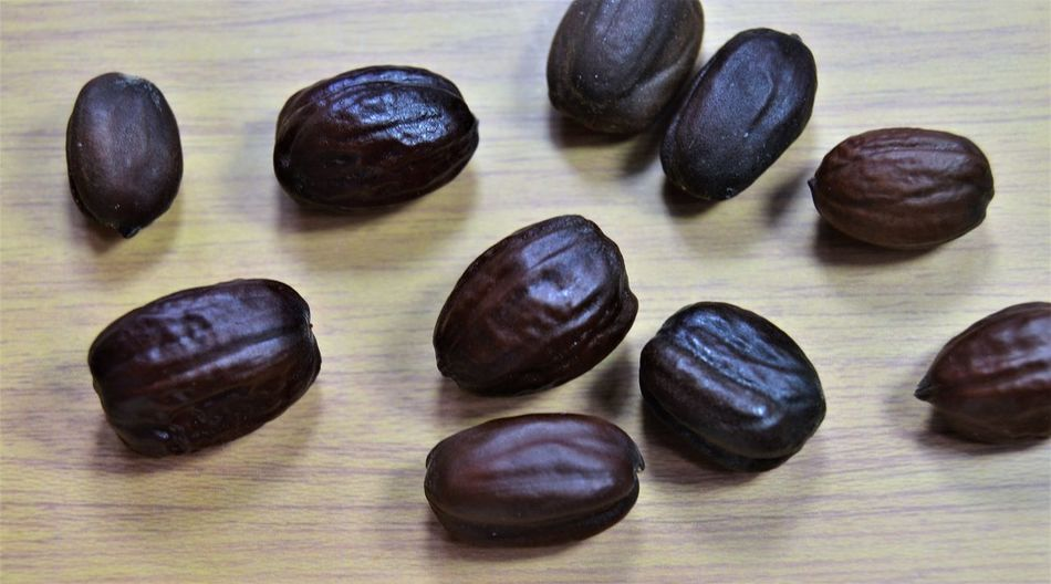 makinkg JOJOBA oil from Jojoba seed Body & Fitness Bodybuilding Chemistry Close-up Coffee Beans Cosmetics Create DIY Face Flake Flakes Healthy Jojoba Jojoba Oil Jojoba Seeds Lifestyles Making Oil Oils Plants And Flowers Seed Seeds Skin Soy Soy Flakes