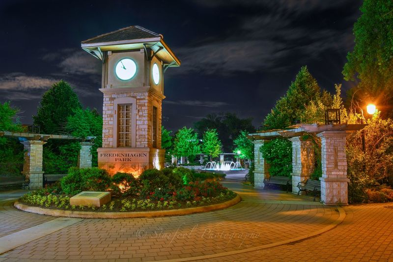 """""""How did it get so late so soon? Its night before its afternoon. December is here before its June. My goodness how the time has flewn. How did it get so late so soon?"""" ~Dr. Seuss Eye Em Best Edits Hdr_Collection Streamzoofamily NightSnaps"""